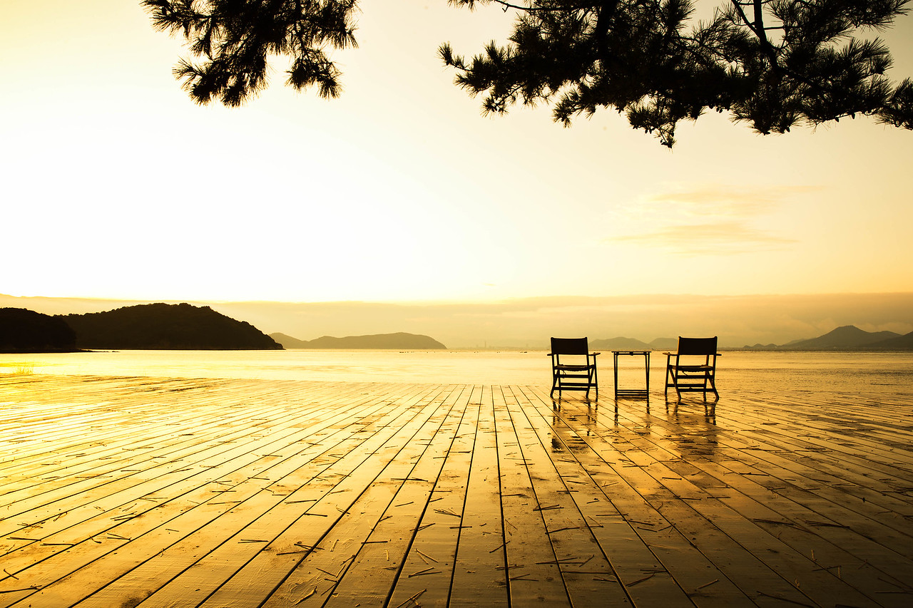 The awaited sunrise (Naoshima Island, Japan)