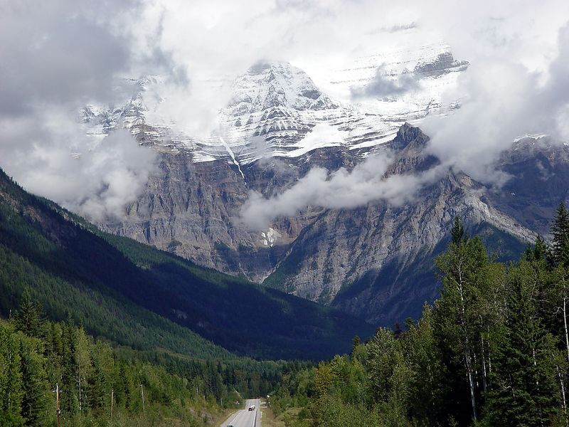 Mount Robson shrouded by clouds in Jasper Nat'l Park, 717-1693