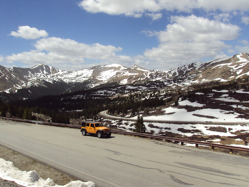 Hwy 306 approaching Cottonwood Pass, elev 12k