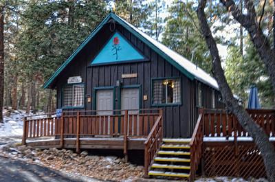 Camp de Benneville Pines Angelus Oaks