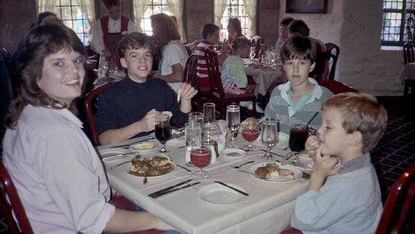 1989-11 Disney World