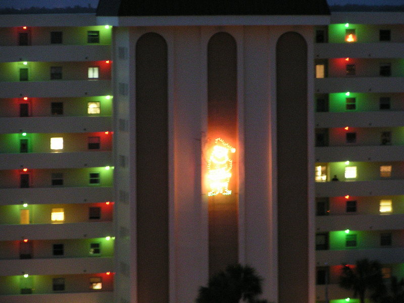 Parents condo lit up for Christmas