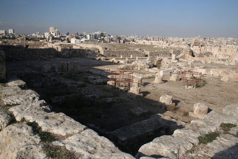Remains of residences and administrative buildings at the citadel