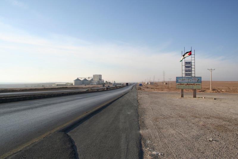 Desert Highway - Looking towards Petra