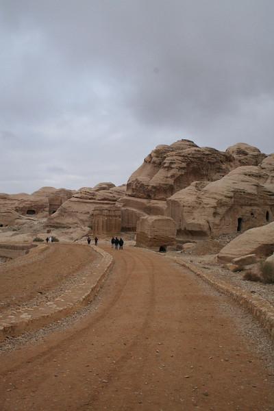 Road to the bab-es-siq