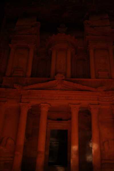 Al-khazneh, The treasury (took this without the flash, used the tripod). It started to rain, hence the drops.