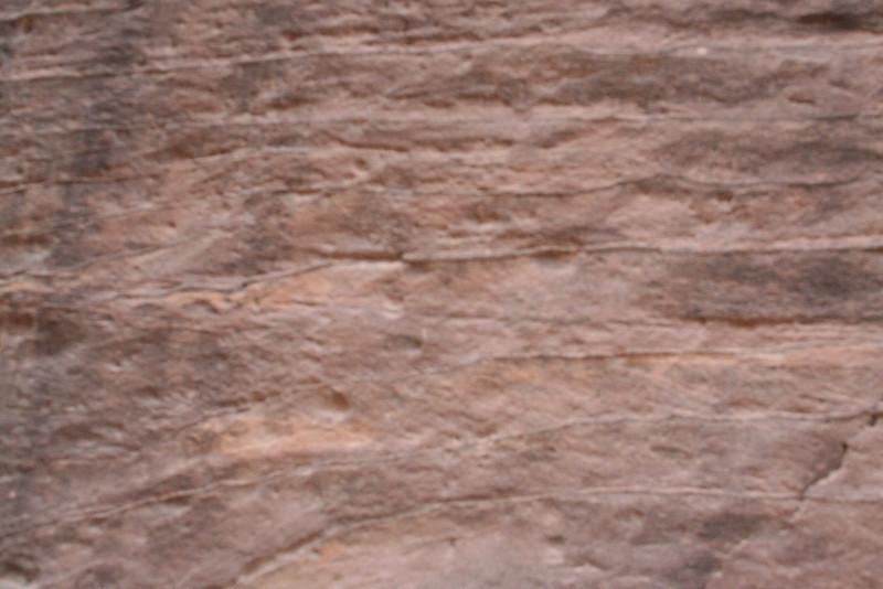 Iron ore in the walls of the siq