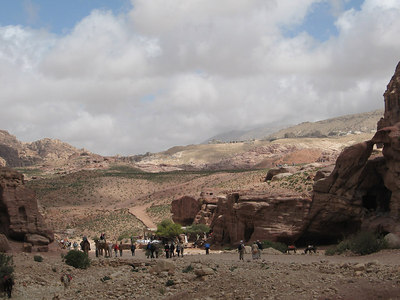 Looking down the Petra trail.  All the surrounding area has yet to be excavated, it is a huge site.
