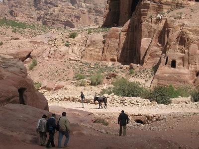 Walking down towards the royal tombs.