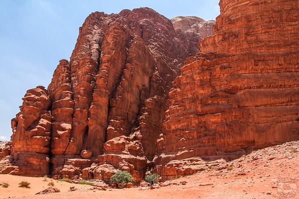 Wadi Rum, Jordan: Khazali canyon
