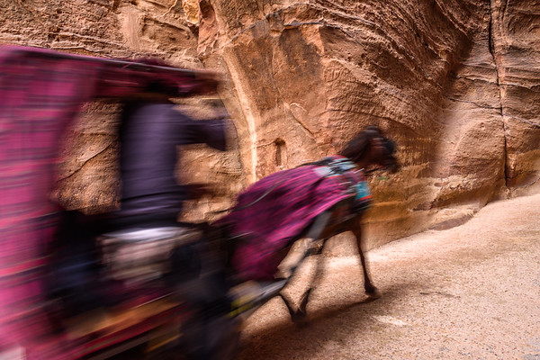 Horse and carriage, the Siq 2