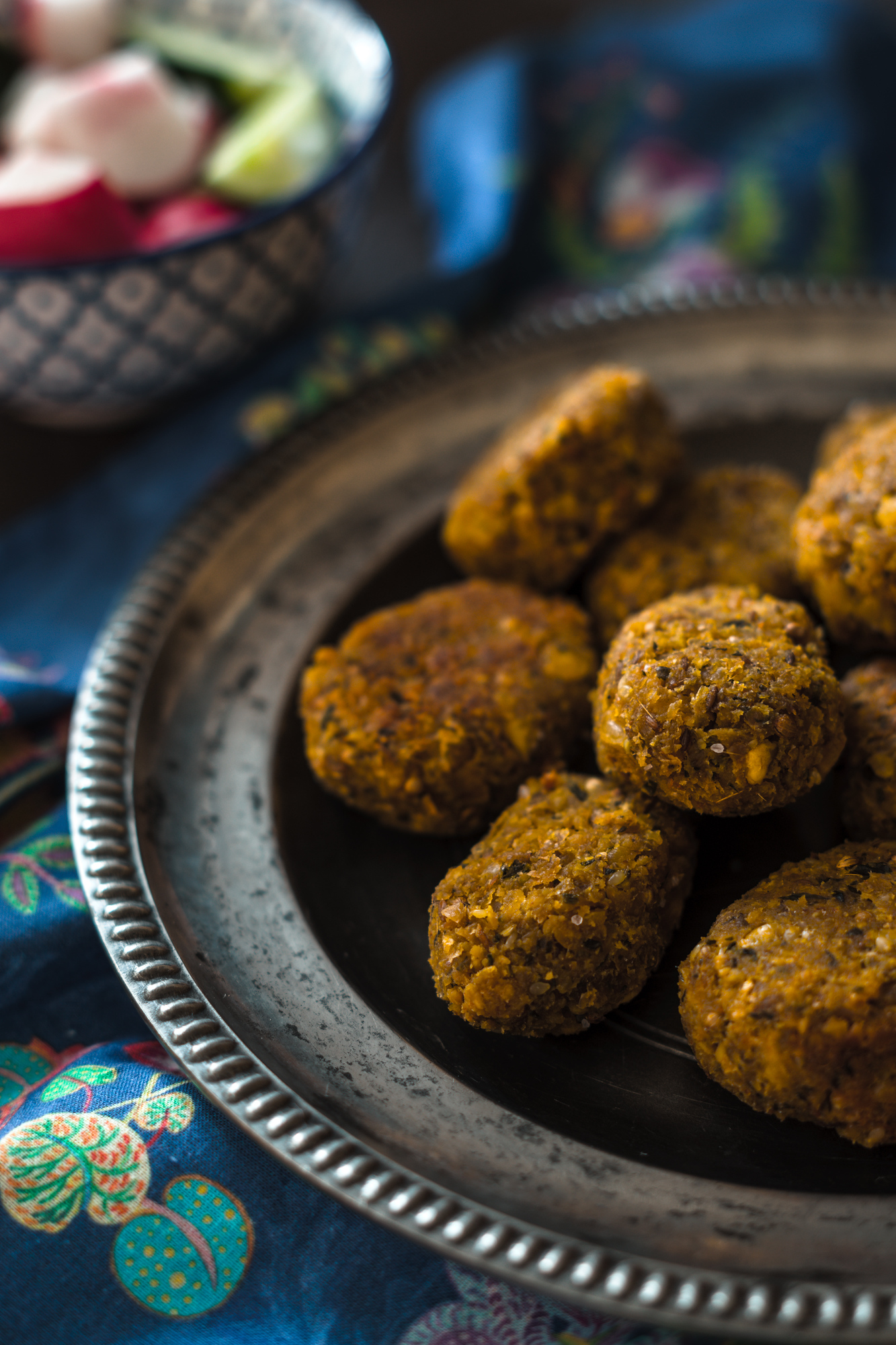 Falafels are just one of the Jordanian food that will surprise you. Discover what food in Jordan you need to try with this delicious guide.