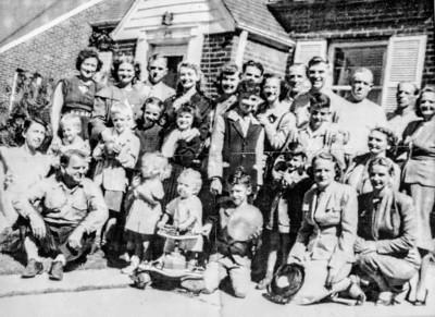 A passel o' McCarrans, circa 1946.
