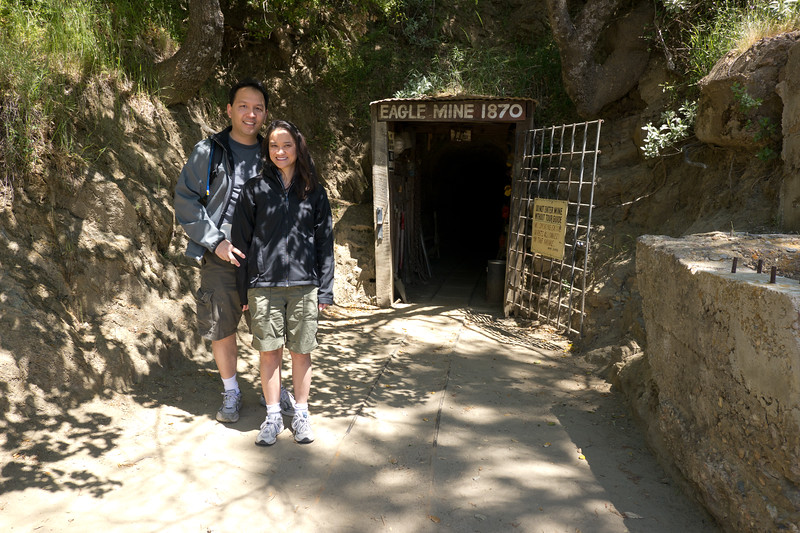 Vu and Catherine in front of the Eagle Mine entrance. - shot @ ISO 160, f/5.6, 1/160 sec, on Panasonic DMC-GH2 w/ LUMIX G VARIO 7-14/F4 lens at 14 mm