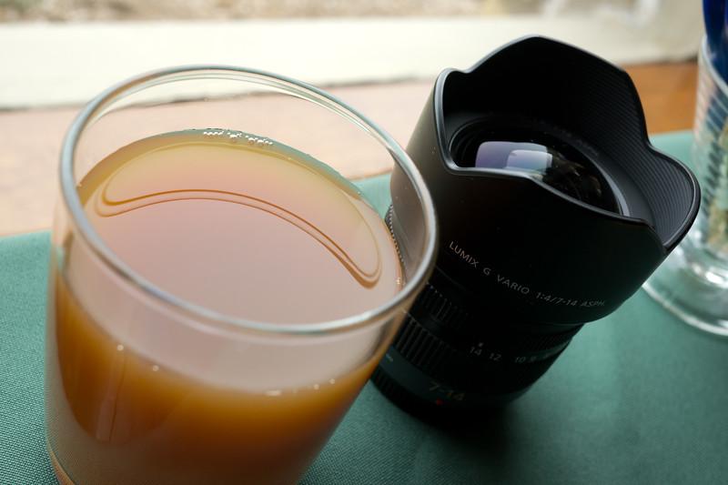 shot @ ISO 320, f/5.6, 1/50 sec, on Panasonic DMC-GH2 w/ LUMIX G 20/F1.7 lens at 20 mm