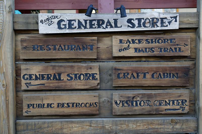 Directional sign in Stehekin