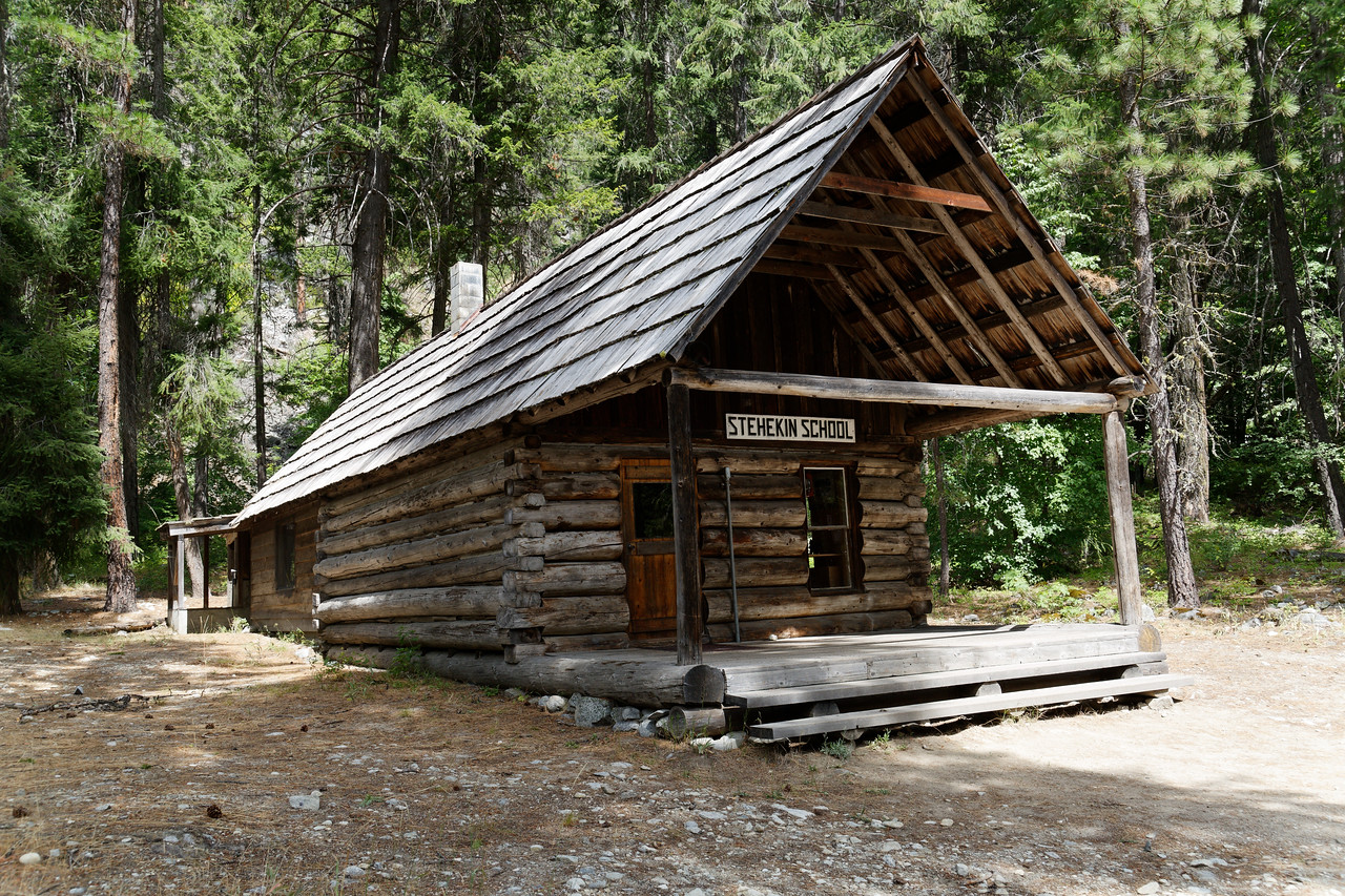 Old Stehekin School