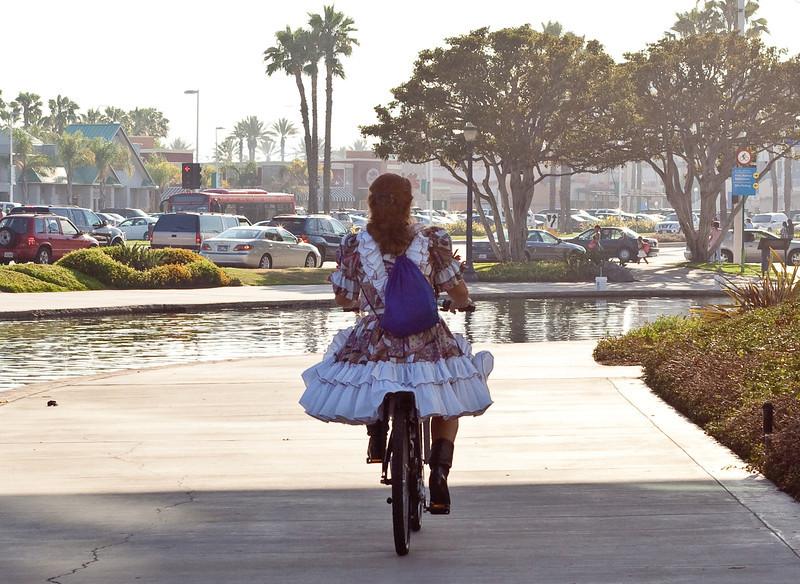 7455 Square Dancer on Bike