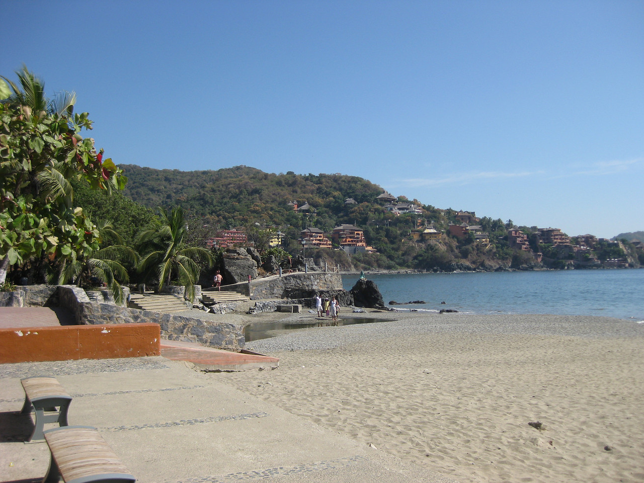 Playa Madera, in front of the Museum, looking back towards the Hotel Irma with a slight view of the boardwalk.