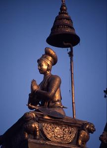 Bhaktapur statue