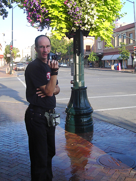 """Ilan and I had some time to kill, so we walked around the """"Plaza"""" neighborhood of downtown KC, trying out our new digicams"""