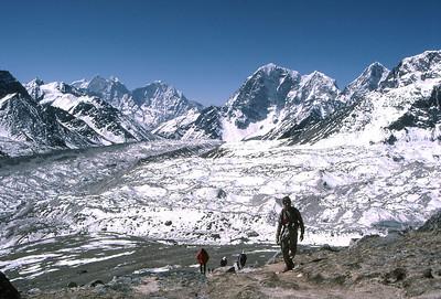Approaching the summit of Kala Patar