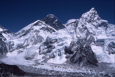The classic view of Everest (black pyramid) from Kala Patar