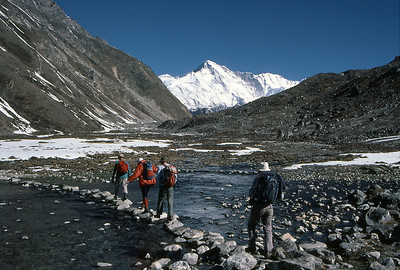 Heading for Gokyo Peak, with Cho Oyu in the distance