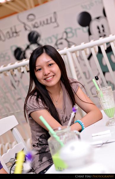 Hooi Ling's sister