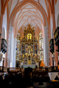 The 59-foot high altar of St. Michaels was designed by the German sculptor Hans Waldburger (1570-1630).