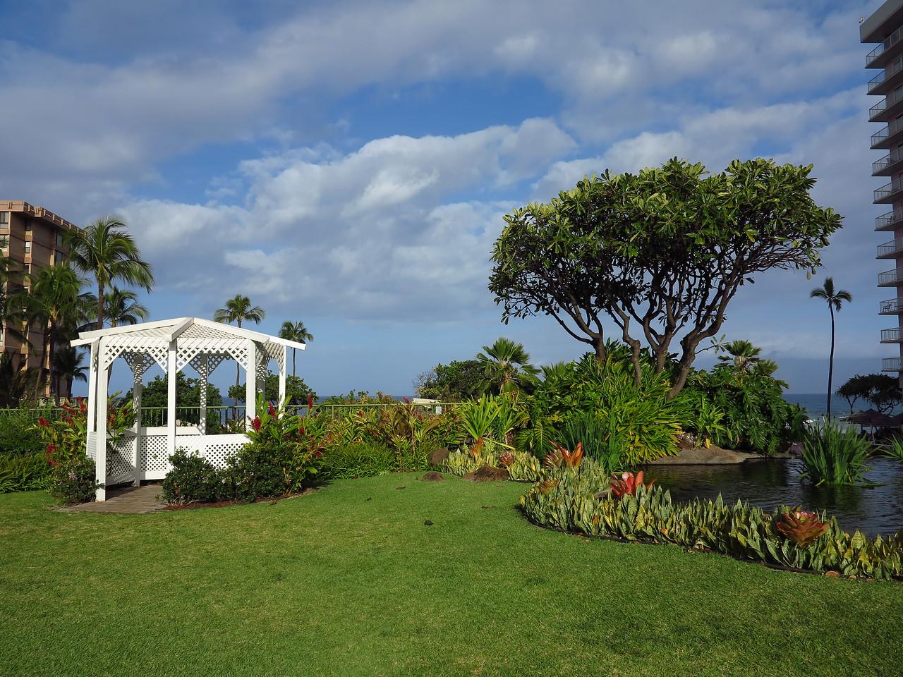 Ka'anapali Beach Club gazebo
