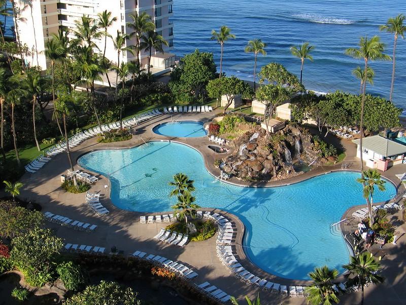 Ka'anapali Beach Club pool
