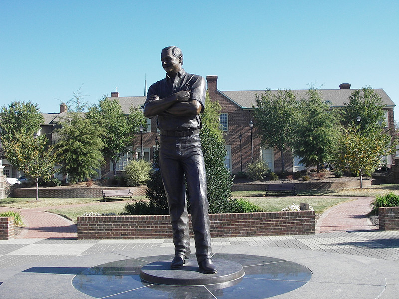 A statue was constructed in downtown Kannapolis, North Carolina in honor of the late racing legend.