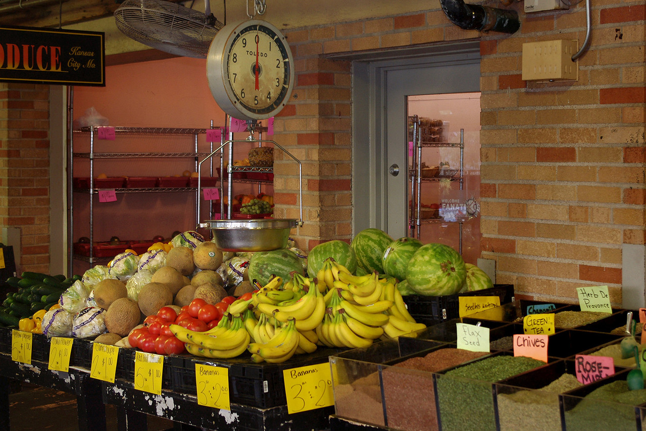 Produce, Farmer's Market, Kansas City, Missouri.