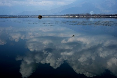In the Sky (Dal Lake, Srinagar, Kashmir)