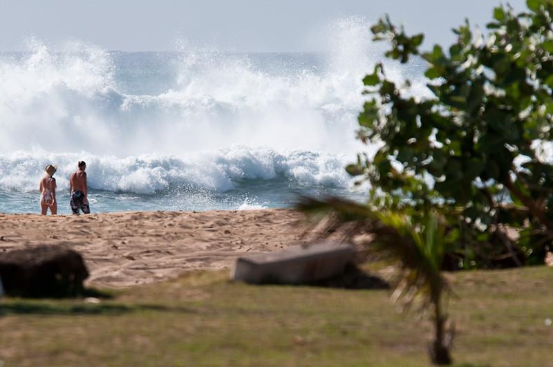 Big surf at Kekaha Beach