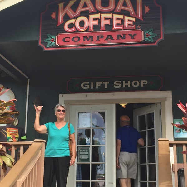 Mary learned a lot about coffee which she doesn't drink while I bought souvenir coffee, cup and t shirt!