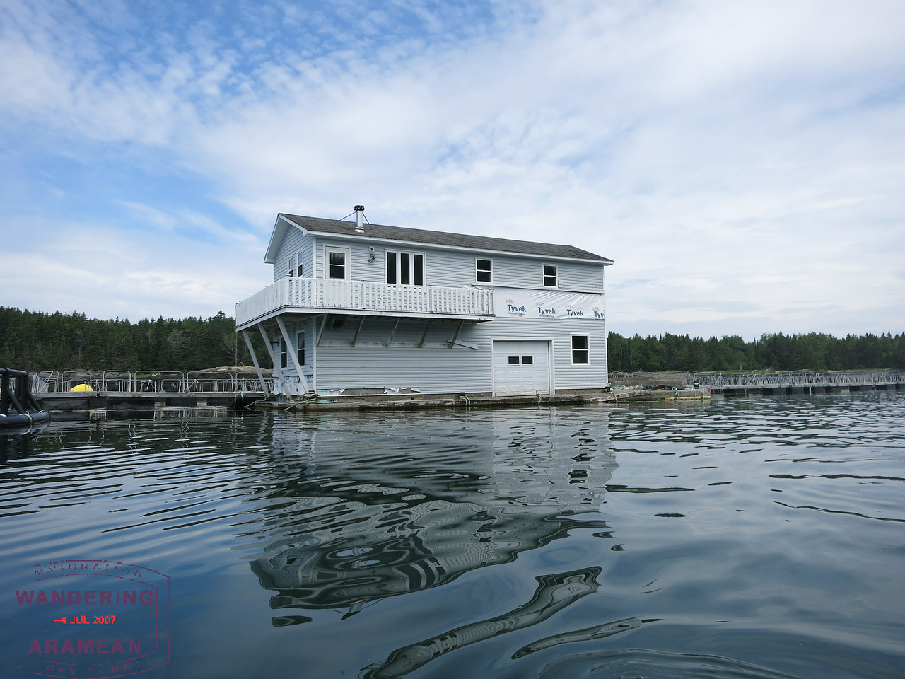 Yes, they use garage doors on to the water