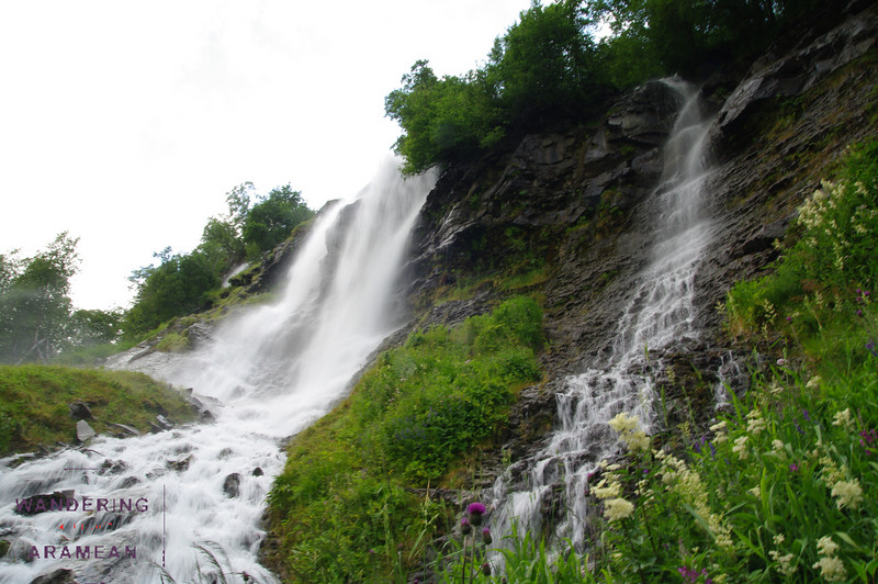 The upper falls area of the Seven Sisters