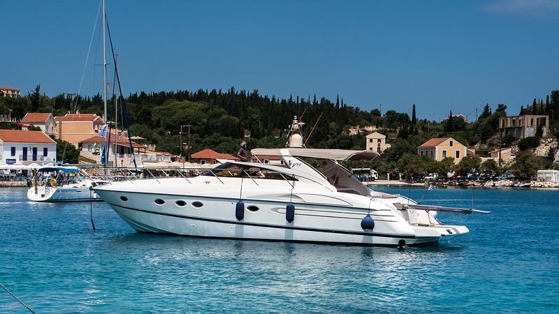 Fortuna speedboat
