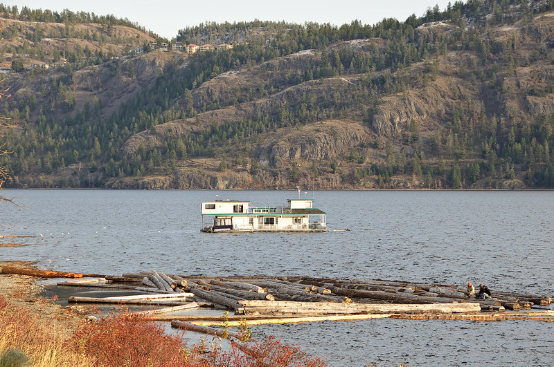 Houseboat and some fishermen on west side of lake near Kelowna