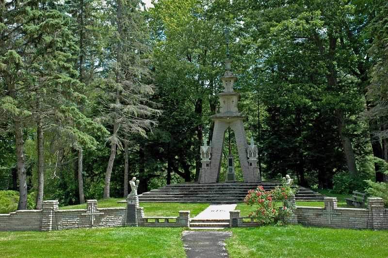 Lithuanian Memorial at Franciscan Monastery