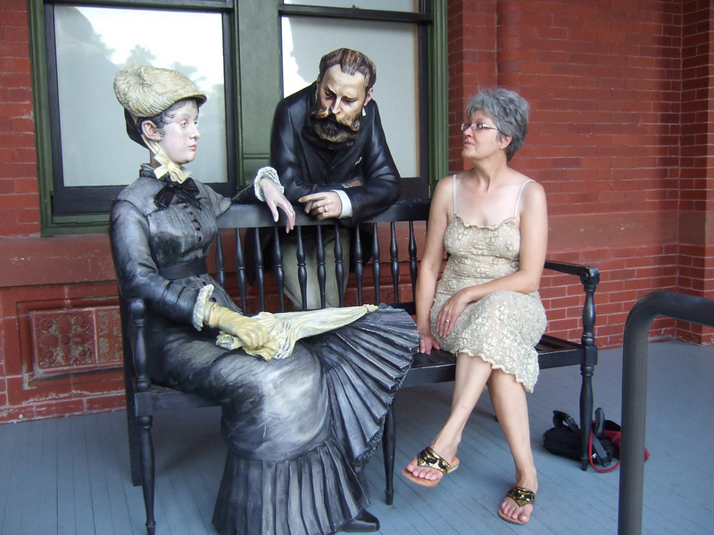 Louise has a chat with some of Johnson's sculptures.