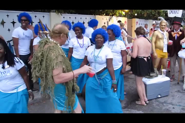 One of the watering stations at the locals parade. The people in blue are volunteer staffers.
