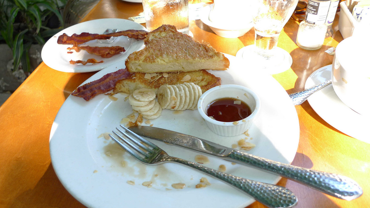 Mmmmm - french toast and bacon!
