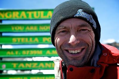 Day 7. Lemosho route on the way to Uhuru peak (5895m). Hugo at Stella Point (5739m).
