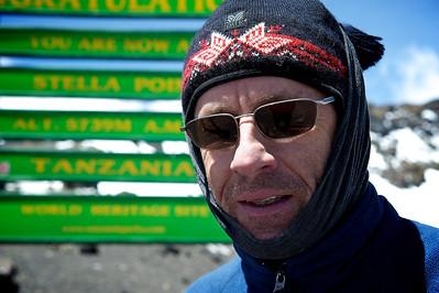 Day 7. Lemosho route on the way to Uhuru peak (5895m). Casper at Stella Point (5739m).