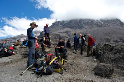 Day 5. Lemosho route on the way to Karanga camp (3995m). On top of the Baranco Wall (4200m).