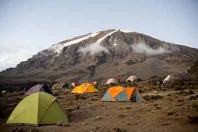 Day 5. Karanga camp (3995m). Lemosho route.