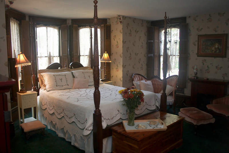 """Kimmell House Master Suite<br /> We stayed in the Master Suite.<br />  <a href=""""http://www.kimmellhouseinn.com"""">http://www.kimmellhouseinn.com</a>"""